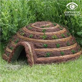 Cabane igloo confort pour h rissons plantes et jardins for Cabane de jardin igloo