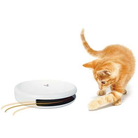 Le jouet casse-tête se déplace dès qu'il détecte les mouvements du chat !