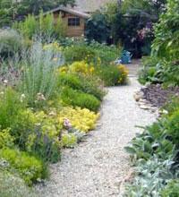 Dessiner ses all es le magazine gamm vert for Allee de jardin en pouzzolane