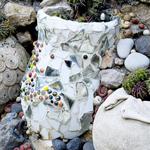 De jolis mosaïques à partir de morceaux de vaisselle