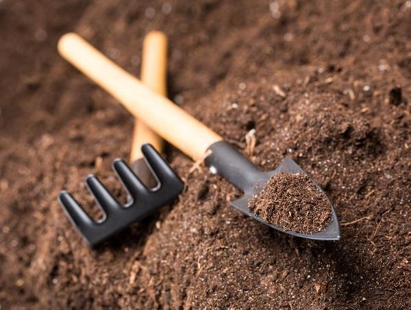 Outils de jardin en matière ABS
