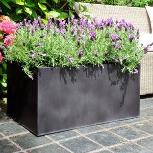 Bac à fleurs en acier galvanisé recouvert d'une couche de zinc, L100 H45 noir. PLANTES ET JARDIN – Jardinerie en ligne
