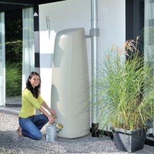 Récupérateur d'eau mural Elegance 400L Sable Garantia Plantes et Jardins Jardinerie en ligne