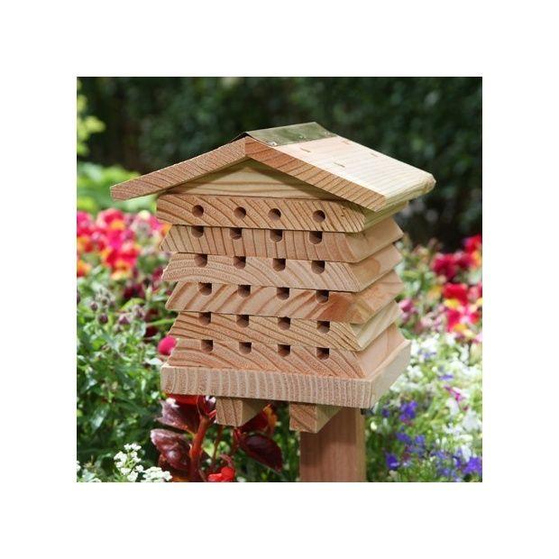 abri pour abeilles solitaires plantes et jardins. Black Bedroom Furniture Sets. Home Design Ideas
