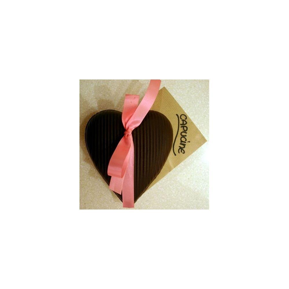 Coeur en chocolat noir et ses fleurs 39 flamme d 39 amour - Fleur au coeur noir ...