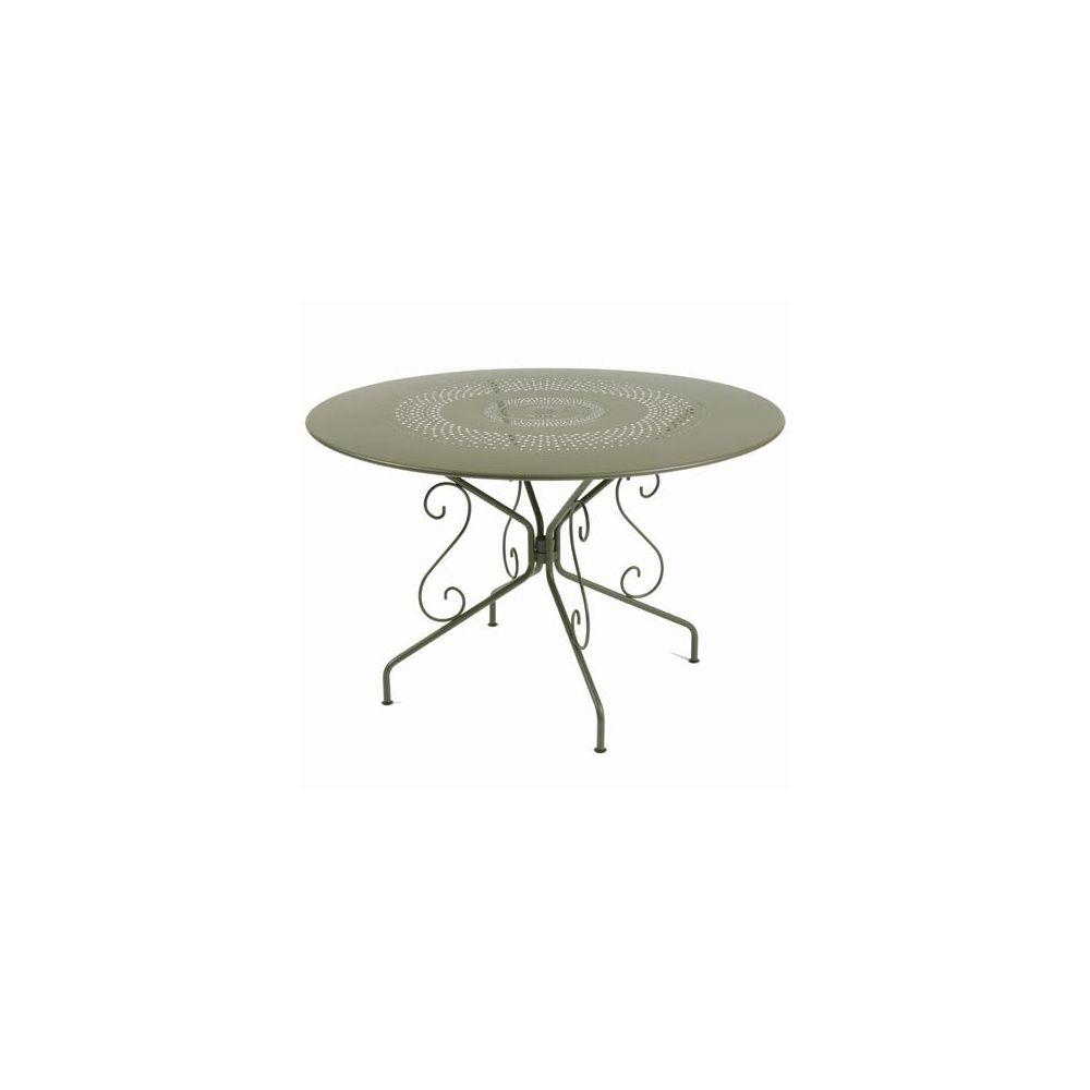 table ronde montmartre d117cm savane fermob plantes et jardins. Black Bedroom Furniture Sets. Home Design Ideas