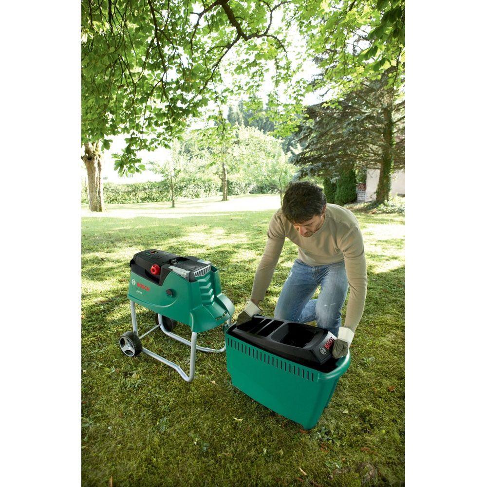 broyeur lectrique silencieux axt 25 tc bosch plantes et jardins. Black Bedroom Furniture Sets. Home Design Ideas