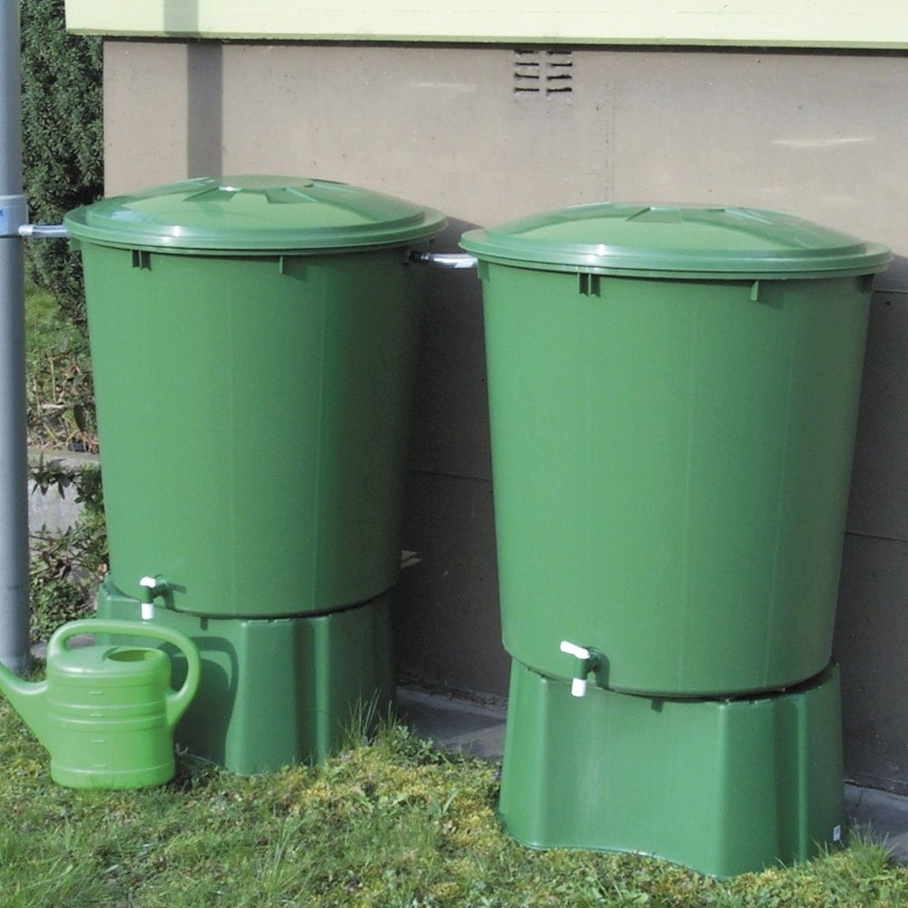 2 r cup rateurs d 39 eau cylindriques vert 510l garantia plantes et jardins - Branchement recuperateur eau de pluie ...
