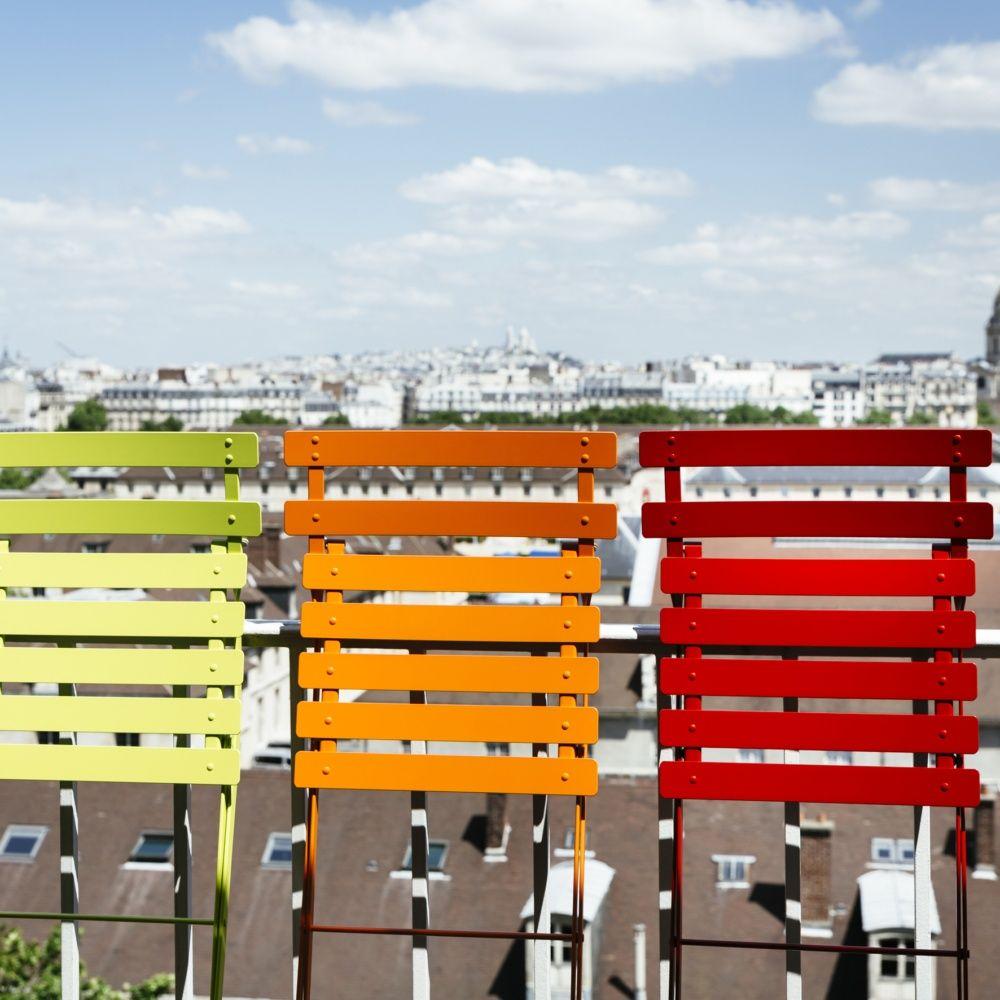 chaise pliante fermob bistro acier prune plantes et jardins. Black Bedroom Furniture Sets. Home Design Ideas