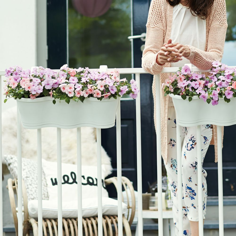 jardini re elho corsica triple l53 h26 cm blanc plantes et jardins. Black Bedroom Furniture Sets. Home Design Ideas